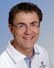 Homepage_Onkologie_Dr_Henne_Team_Dr_med_Freddy_Henne_02